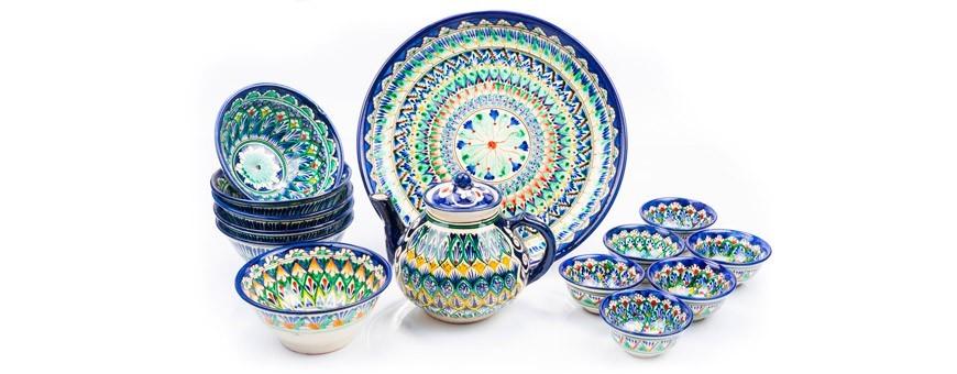 Пиалы, тарелки и кружки
